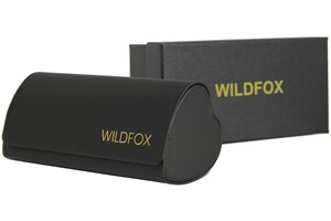 Click to swap image to alternate 1 - Wildfox Monroe Sunglasses - Black