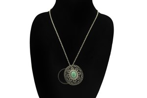Click to swap image to I Heart Eyewear Sedona Magnifier Necklace